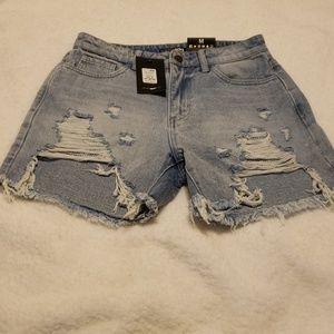 NWT Fashion Nova boyfriend shorts
